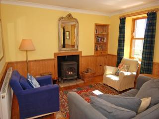 INVERYNE COTTAGE, Kilfinan, Nr Tighnabruaich, Scotland, - Argyll & Stirling vacation rentals
