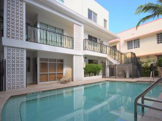 POOL SIDE OASIS - Miami Beach vacation rentals