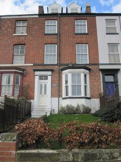 Spacious 4 bedroom Townhouse in Whitby - Whitby vacation rentals