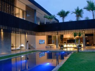 Modern 4BD Villa - Seminyak vacation rentals