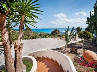 4 bedroom House with Internet Access in Puerto de Alcudia - Puerto de Alcudia vacation rentals