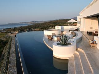 Casa Yvonne. Contemporary home in Puerto Los Cabos - San Jose Del Cabo vacation rentals