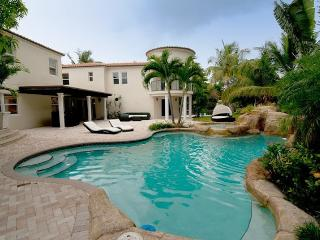 Shia - Luxurious Home w/ Pool, Theater & Game Room - Miami Beach vacation rentals