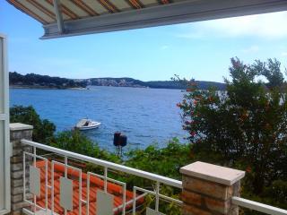 04407TROG  A2(4) - Trogir - Central Dalmatia vacation rentals