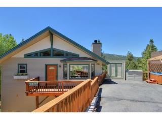 BIG BEAR LAKE house. STUNNING VIEWS of ski slopes! - City of Big Bear Lake vacation rentals