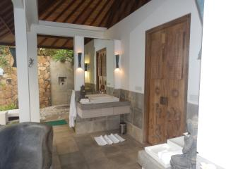 Romantic 1 bedroom Villa in Seraya Barat - Seraya Barat vacation rentals