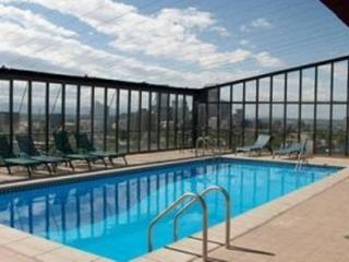 Cap Hill Condo - rooftop pool, parking - Denver vacation rentals