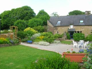 Bot Coet Cottages, Francoise  Cottage - Ploerdut vacation rentals