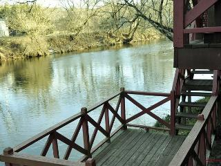 Perfect place to Make lasting Memories. Fishing spot & Casino. Pet friendly! - Andrews vacation rentals