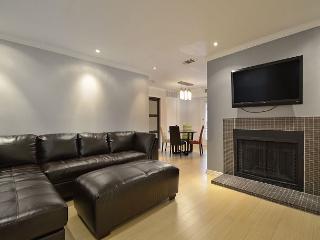 1BR Downtown Austin Condo, Ideally located, Sleeps 2 - Austin vacation rentals