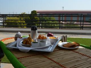 Lovely 4 bedroom Bed and Breakfast in Jaipur - Jaipur vacation rentals