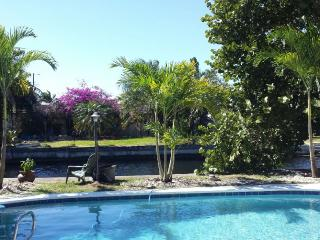 ~ ~ ~ ~ Ft. Lauderdale WATERFRONT Pool Home ~ ~ ~ - Fort Lauderdale vacation rentals
