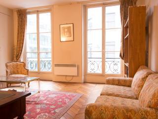 Classic Quai d'Orsay Apartment - Paris vacation rentals