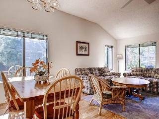 #100 SEQUOIA Fantastic deck! $140.00-$175.00 BASED ON FOUR PEOPLE OCCUPANCY AND NUMBER OF NIGHTS (plus county tax, SDI, and proc - Plumas County vacation rentals