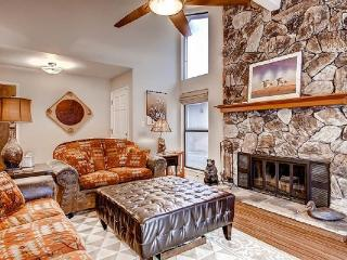 #17 ASPEN Luxurious Town Home Living! $260.00-$295.00 BASED ON DATES AND NUMBER - Plumas County vacation rentals