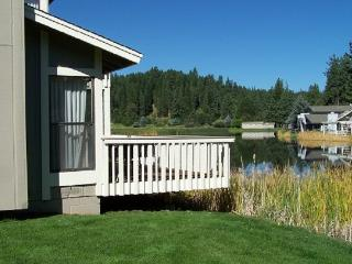 #28 ASPEN Pet Friendly Town Home!$170.00-$205.00 + PET FEE, BASED ON DATES AND - Plumas County vacation rentals