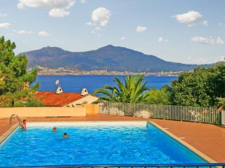 Colourful apartment in Porticcio, South Corsica, with balcony and pool - just 800m from the beach - Porticcio vacation rentals
