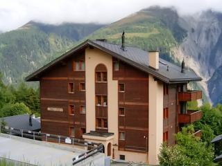 Apartment in Bellwald with balcony and view of the Swiss alps - Bedretto vacation rentals