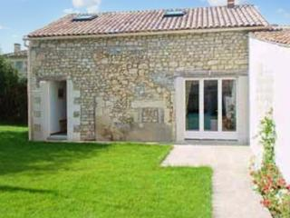 Country house in Saintonge with 2 bedrooms and garden - Soulac-sur-Mer vacation rentals