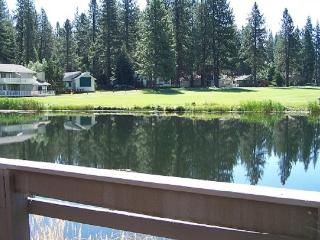 #56 PONDEROSA On the Pond! $125.00-$160.00 BASED ON DATES AND NUMBER OF NIGHTS (plus county tax, SDI, Cleaning Fee and processing fee - Graeagle vacation rentals