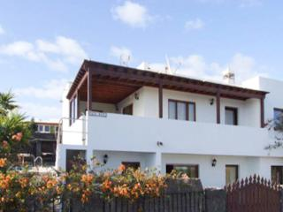 In the Canary Islands, spacious and modern house with 4 bedrooms and private pool - Yaiza vacation rentals
