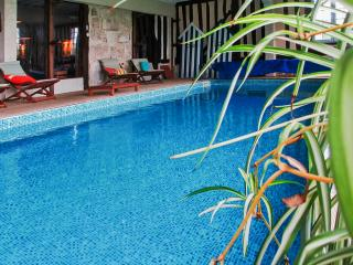 Stunning house in Annebault, close to Deauville, with inside heated swimming pool - Annebault vacation rentals