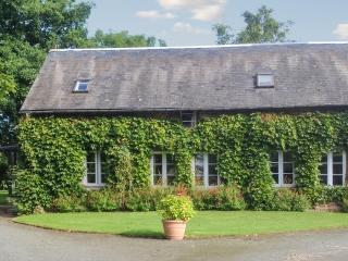 Delightful house in Annebault, Normandy, with terrace and lush garden - Annebault vacation rentals