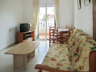 Fresh flat in Orihuela Costa with sunny balcony and view of the mountain - La Marina vacation rentals