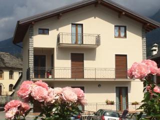 Bright 2 bedroom Condo in Premia - Premia vacation rentals