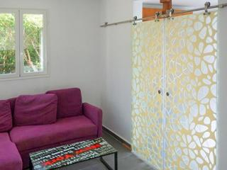 Stylish flat near the seaside in Grande-Terre, Guadeloupe, with stunning décor and modern amenities - Le Moule vacation rentals
