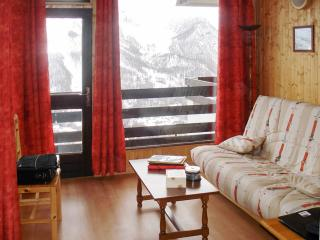 Enchanting studio apartment in Orcières Merlette (French Alps) with balcony and wonderful view of th - Hautes-Alpes vacation rentals