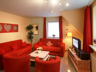 Elegant apartment in Sylt, Germany, with two bedrooms and patio - Dagebull vacation rentals