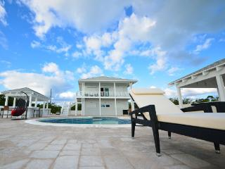 Seabreeze Lodge - George Town vacation rentals