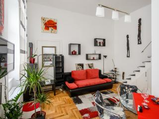 Red Pearl Apartment - Budapest vacation rentals