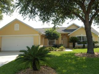 Fantastic 4 bed pool home close to Disney - Davenport vacation rentals