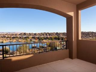 A vacation home here in St George Utah that is truly heavenly, a true star at the Coral Canyon Golf Course with a view of Zion N - Southwestern Utah vacation rentals