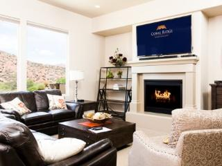 A vacation home with one of the most scenic panoramas of the Coral Canyon Golf Course in all of St George Utah. - Southwestern Utah vacation rentals