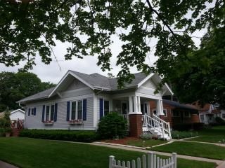 Lake Geneva Charming Historic Bungalow - Lake Geneva vacation rentals