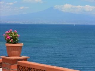 CR101bcat - ETNA HOLIDAY APARTMENT - Acireale vacation rentals