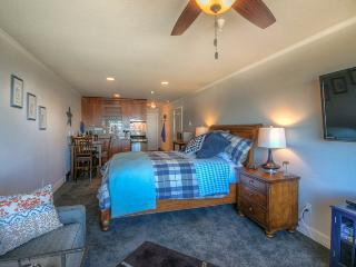SandSational - Newly Remodeled, Steps to the Sand - Lincoln City vacation rentals