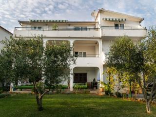 0707SEGV A4(4+1) - Seget Vranjica - Seget Vranjica vacation rentals