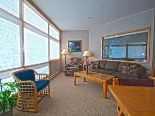River Bank Lodge 2915 - Economical in River Run Village! Walk to Gondola! - Keystone vacation rentals