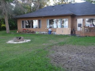 Lake front Cottage - Manitoba vacation rentals