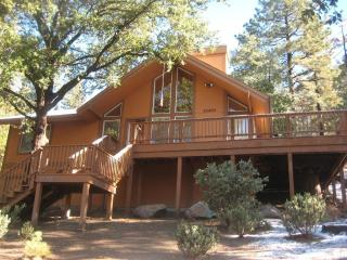2 Bedroom 2 Bath, Open Floor Plan - Idyllwild vacation rentals