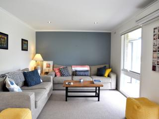 Bright 4 bedroom House in Inverloch with Television - Inverloch vacation rentals
