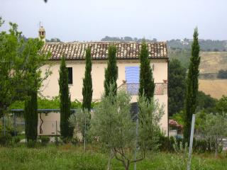 Italian holiday DeQuDa countryhouse - Mosciano Sant'Angelo (Te) vacation rentals