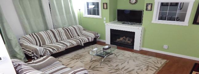 Executive Fully Furnished House - Calgary vacation rentals