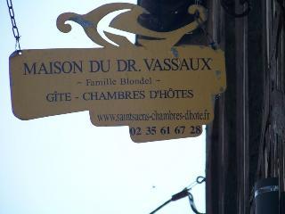 B&B Maison dr Vassaux- Room houat - Saint Saens vacation rentals