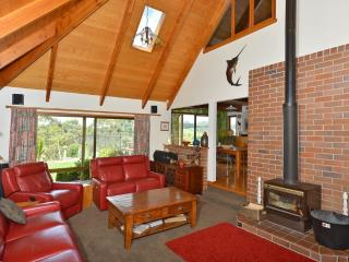 5 bedroom House with Deck in Paihia - Paihia vacation rentals