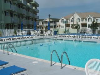 Diplomat Suites, $980 a week - Wildwood vacation rentals